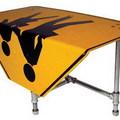 Bútorok KRESZ táblából