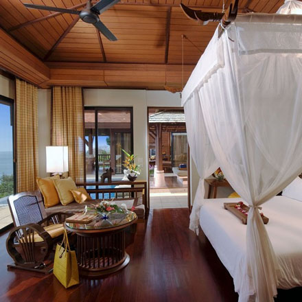Room-Design-with-Canopy-Beds-at-Luxury-and-Elegance-Pimalai-Resort-and-Spa-Koh-Lanta-Thailand_1.jpg