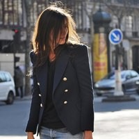 Emmanuel Alt és csodálatos kabátkái