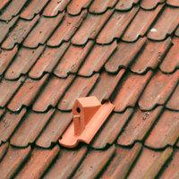 Madárház a tetőn