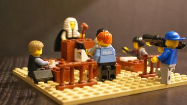 Forgathat-e a TASZ a tárgyalóteremben?
