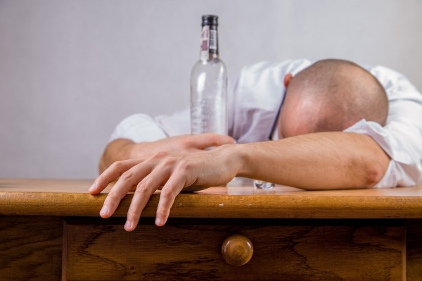 alcohol-hangover-event-death-drunk-alcoholic-fun.jpg
