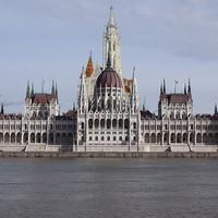 Liste des exigences laïques: nous appelons à la séparation de l'Eglise et de l'Etat en Hongrie