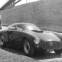 Egy srác és az autója: Bosley