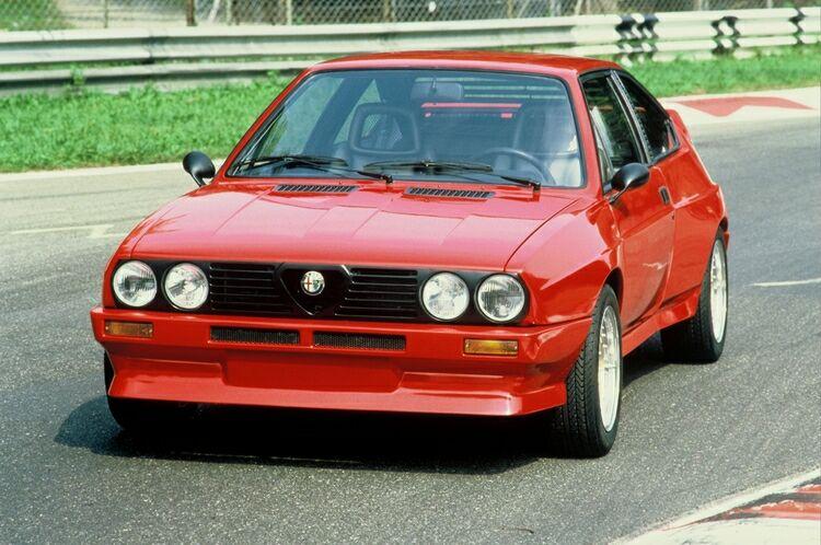 Alfa Sprint6V_01.jpg