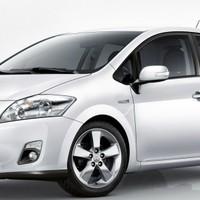 Toyota Auris Full Hybbant