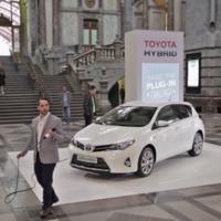Leghülyébb reklámok rovatunk folytatódik: amikor a Toyota a saját szegénységi bizonyítványával kérkedik