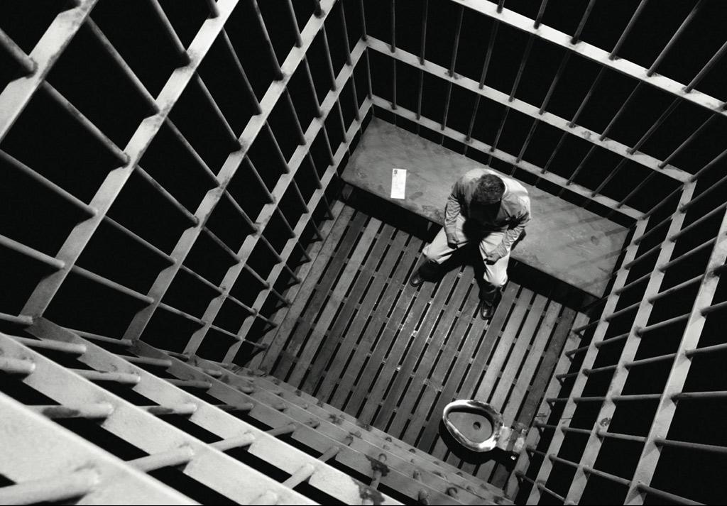 prisonnyissz.JPG
