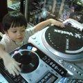 Szakmává alázzuk-e a DJ-zést?