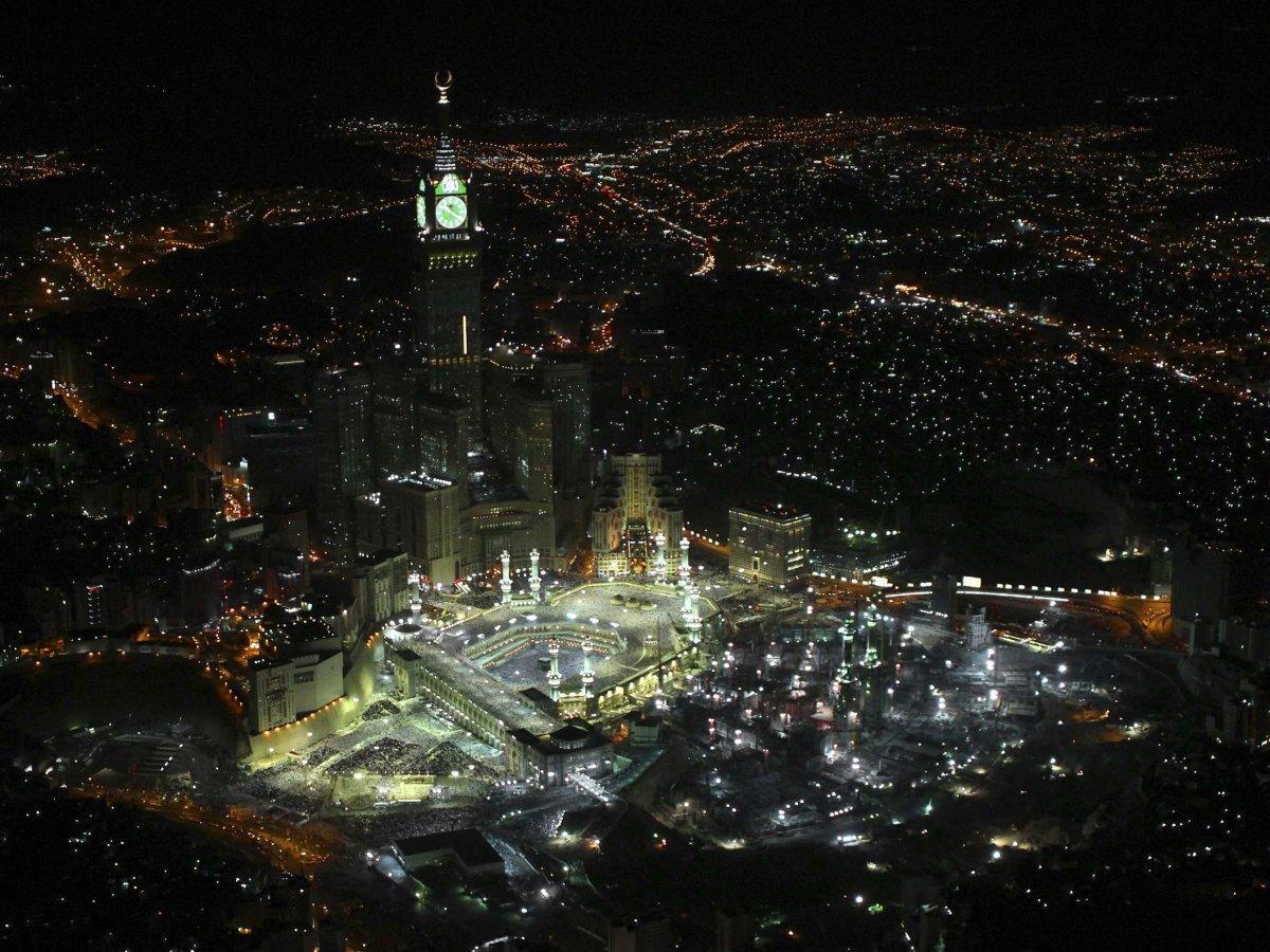 mecca-saudi-arabia.jpg
