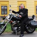 Váci püspök: meg vannak zavarodva a Fidesz-szavazók, fogalmuk sincs, miről beszélnek