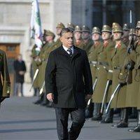 Orbán fegyverkezik – hadsereget építene, hogy komolyabban vegyék