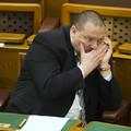 7 jel, hogy Orbánék teljesen elborultak és elveszítették a kontrollt