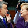 Az ENSZ, Merkel, az olasz miniszterelnök - mindenki Krahácsot nyomja