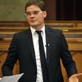 Fideszes feleség ajtót nyit: