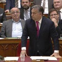 Ezért egy kocsmában Orbán pofont csapják - sajátja megtapsolták
