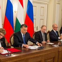Die Welt: Orbán Viktor a pénzért befeküdt az oroszoknak