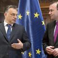 Az európai konzervatívok frakcióvezetője megint azt ígéri, hogy kvótaügyben ő majd megregulázza Orbánt