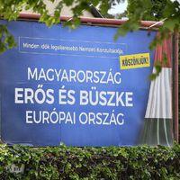 A Fidesz belebukott a konzultációba, de nagyon örül neki