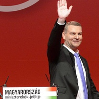18 év után távozott Botka az MSZP vezetéséből