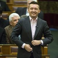 20 ezer bevándorlót fogad be a Fidesz