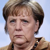 Merkel újból megfenyegette a magyar kormányt
