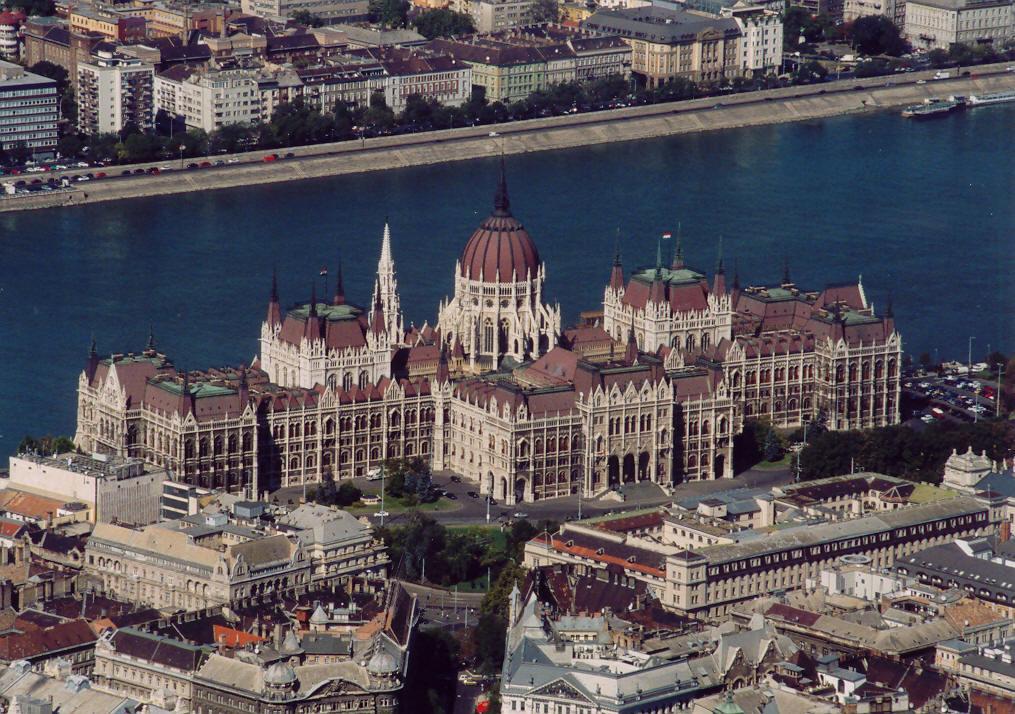 hungarian_parlament.jpg