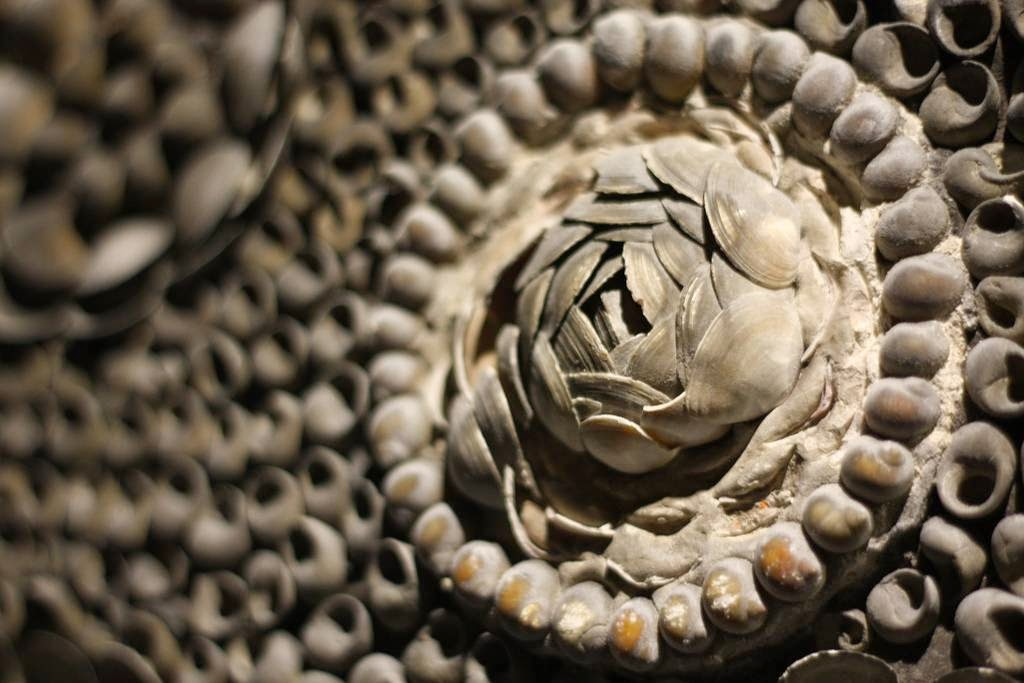 margate_shell_grotto_18.jpg