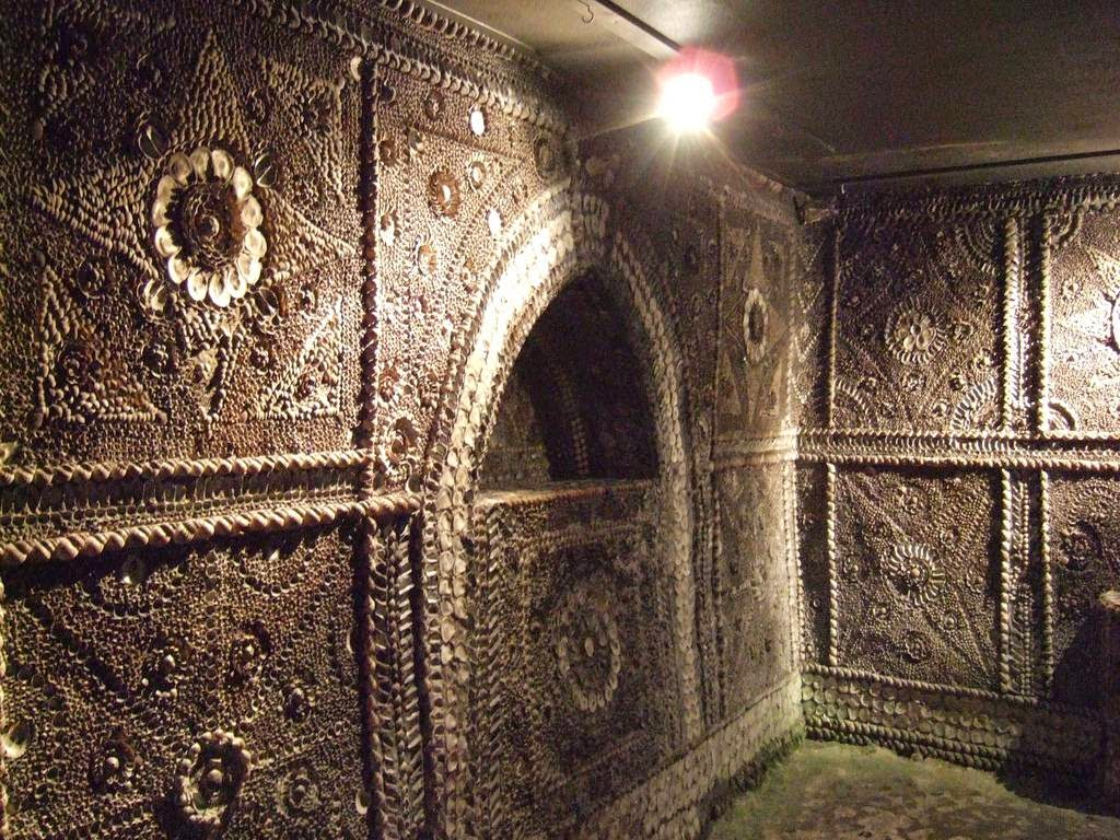 margate_shell_grotto_6.jpg