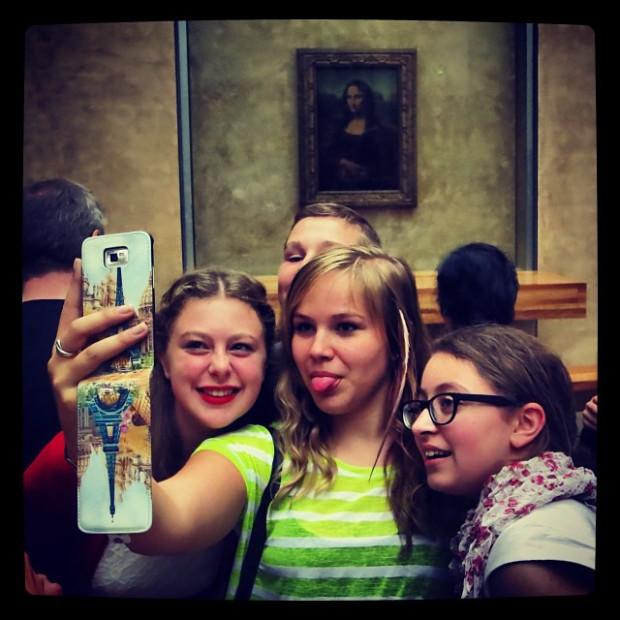 mona-lisa-selfie.jpg