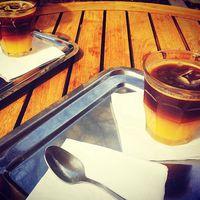 Narancsos kávé/Orange coffee #coffee #orangecoffee #orangejuice #coffeetime #coffeholic #coffeeaddict #yummy #delicious #instagood #instahun #morningvibes #narancs #kávé #kávészünet #mik #mik_gasztro #mutimitiszol