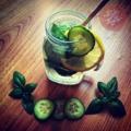 Bazsalikomos-uborkás limonádé