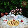 Szívecskés cseresznyés pite vanília ágyon