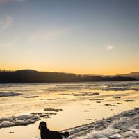 Jég fölött a lemenő nap