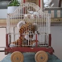 Babakocsi + kalitka = nosztalgikus cirkuszi vagon