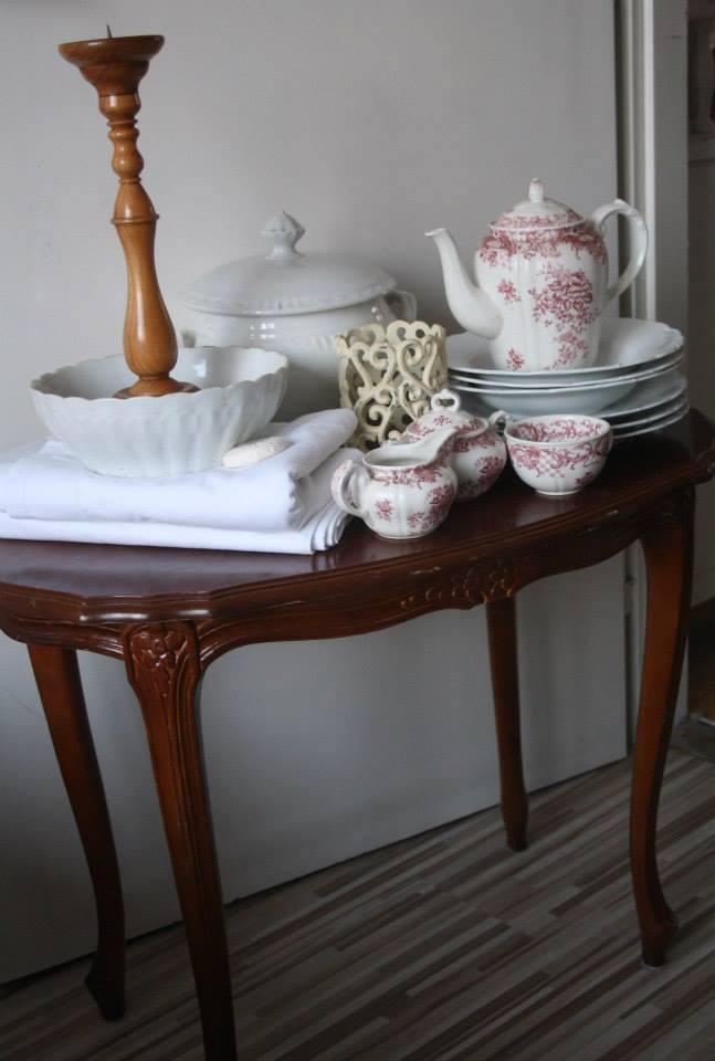 asztalka0.jpg