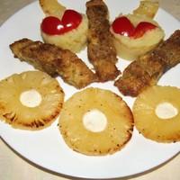 Afrikai harcsafilé sült ananászkarikákkal.