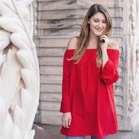 Milan Fashion Week 2016. - Pop Of Red