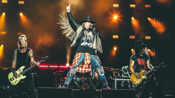 guns-n-roses-2016-press-pic-supplied-671x377.jpg