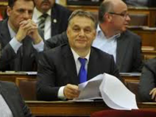 Orbán engedélyével