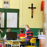 Vérlázító az iskolák finanszírozása