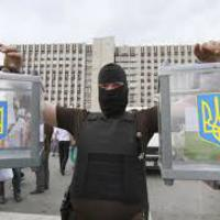 Ukrajna: Választás után támadás