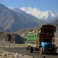 Teherautó a Karakoram Highwayen