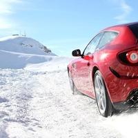 Ferrari FF, ahogy nem ismered