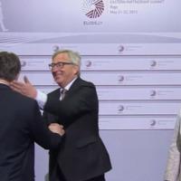 Miért igazán gáz Juncker pofonja?
