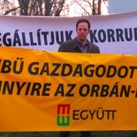Kilóg a lóláb: állami földvásárlás egy fideszes képviselő családjában