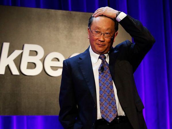 john-chen-blackberry.jpg