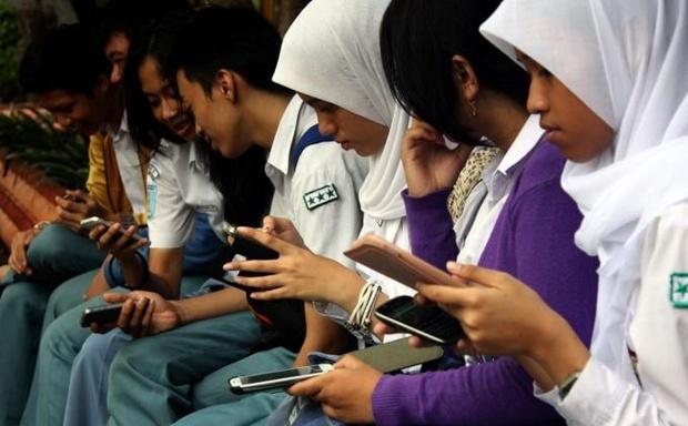 indonezia_okostelefon.jpg