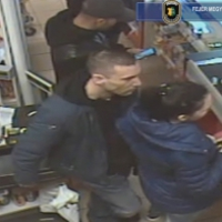 Lopás miatt körözik őket rendőrök - Videóval - Jelentkezzen, ha felismeri!