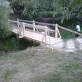 A híd már nincs, pedig itt a gyaloghíd - a Kisfaludy utcán a gyalogátkelő a minimumok minimuma